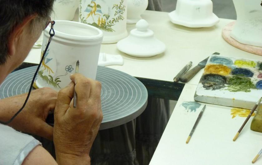 Location de vacances - Studio à Gréoux-les-Bains - ...peinte à la main