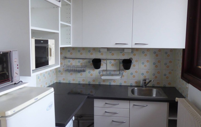 Location de vacances - Studio à Gréoux-les-Bains - cuisine neuve