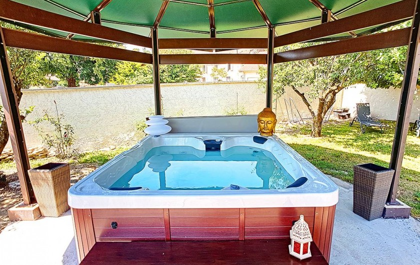 Location de vacances - Appartement à Arandon - COIN JACCUZI