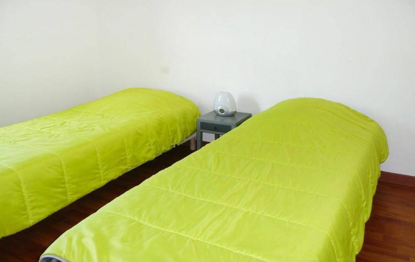Location de vacances - Gîte à Kerlouan - La chambre N°2 se sont deux lits jumeaux de 80x200
