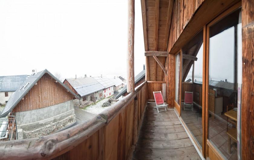 Location de vacances - Appartement à Albiez-le-Vieux - balcon