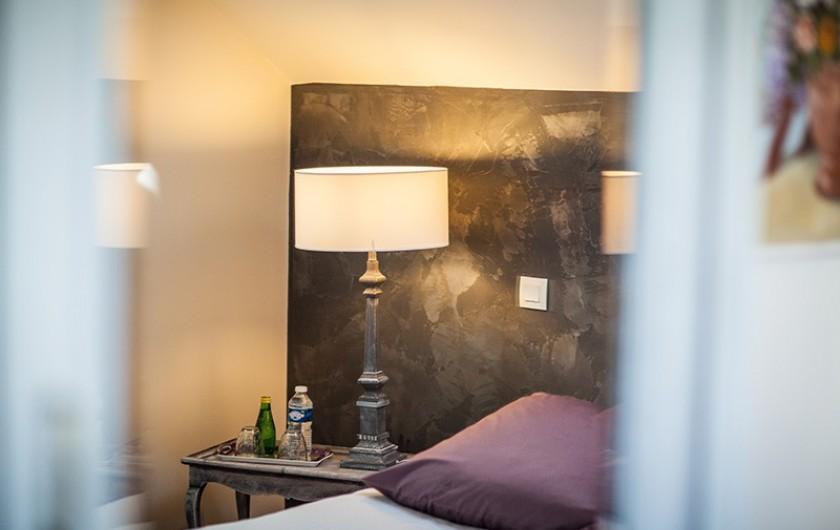 Location de vacances - Chambre d'hôtes à Salies-de-Béarn - la suite , le Lit..