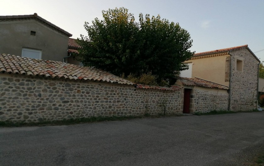 Location de vacances - Gîte à Aubenas - Le gîte La Ferme St Pierre