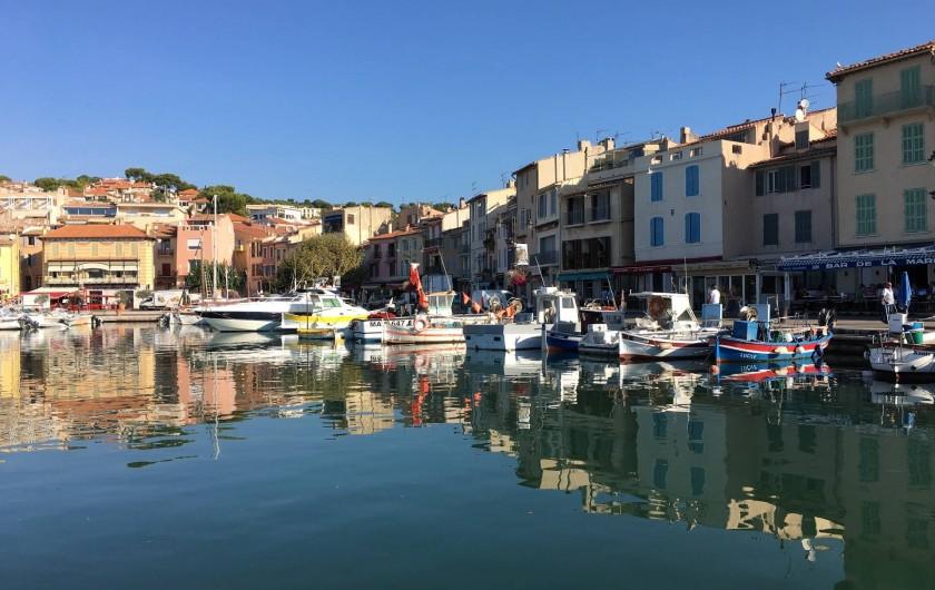 Location de vacances - Appartement à Cassis - Le petit port de CASSIS