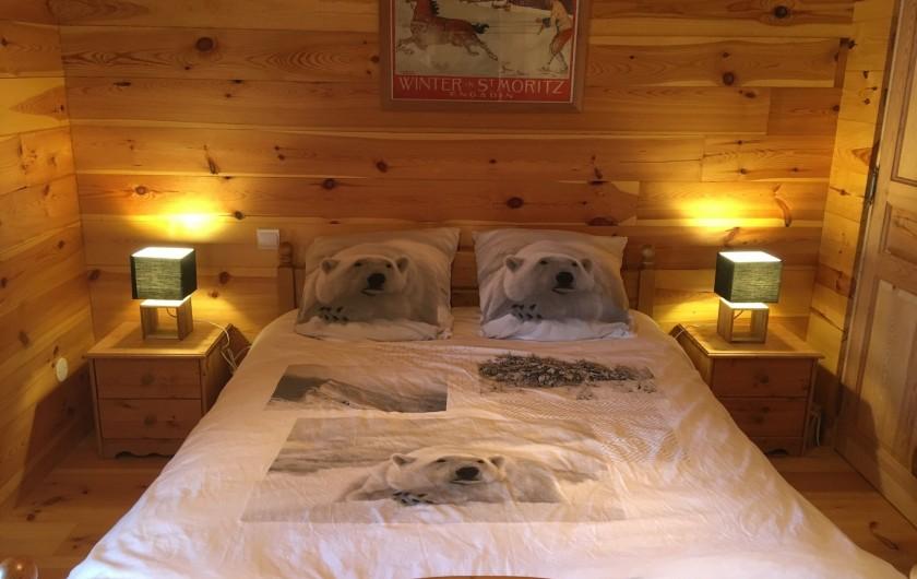 Location de vacances - Chalet à Villard-Reculas - Chambre 1 - Lit double
