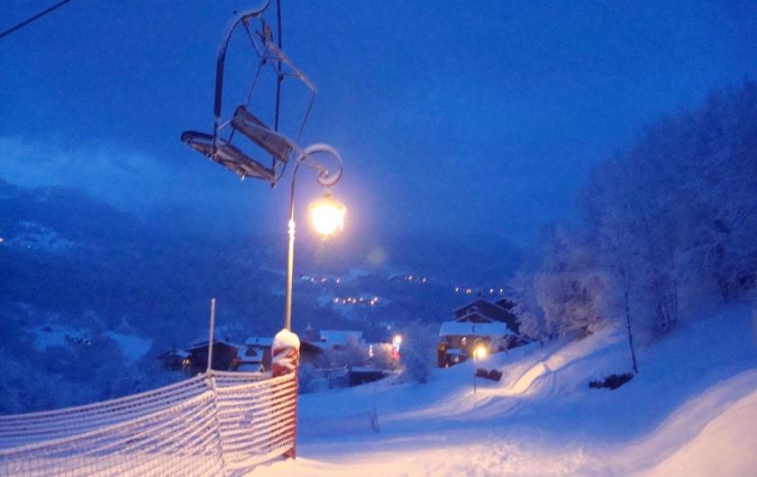 Location de vacances - Appartement à Villaroger - Village de nuit