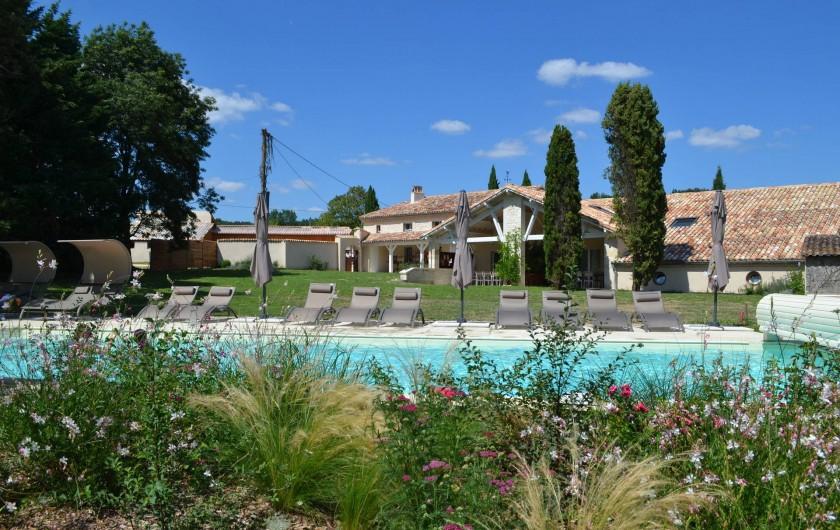 Location de vacances - Gîte à Lougratte - parc piscine