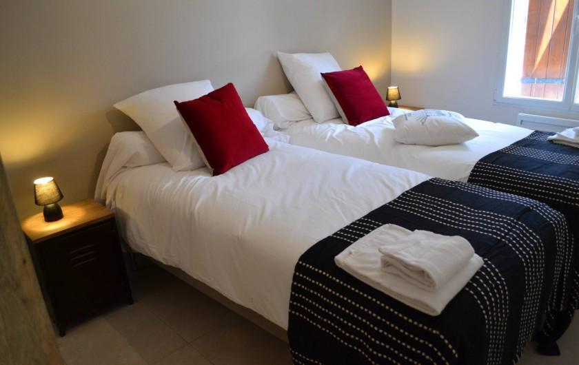 Location de vacances - Gîte à Lougratte - Chambre 2 lits ou 1 litavec salle d'eau à partager