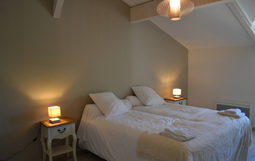 Location de vacances - Gîte à Lougratte - Chambre avec sa salle d'eau 2 lits ou 1 lit