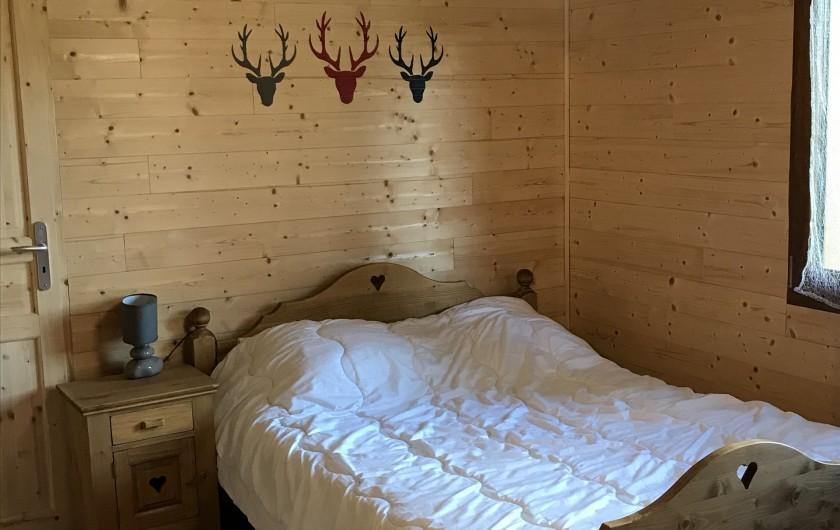 Location de vacances - Chalet à Anould - CHAMBRE PARENTS GITE POISSON