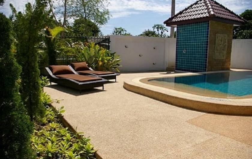 Location de vacances - Maison - Villa à Phe - Sun dek & shower near swimming pool