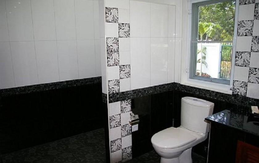 Location de vacances - Maison - Villa à Phe - Her private Bathroom