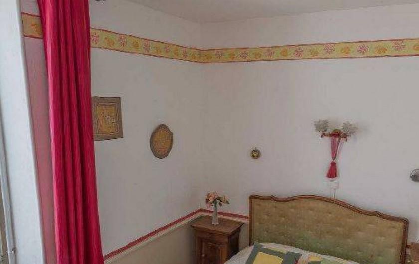 Location de vacances - Gîte à Druyes-les-Belles-Fontaines - chambre 2