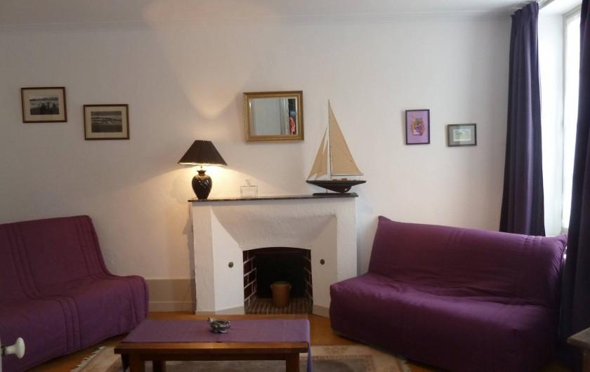 Location de vacances - Gîte à Druyes-les-Belles-Fontaines - le salon