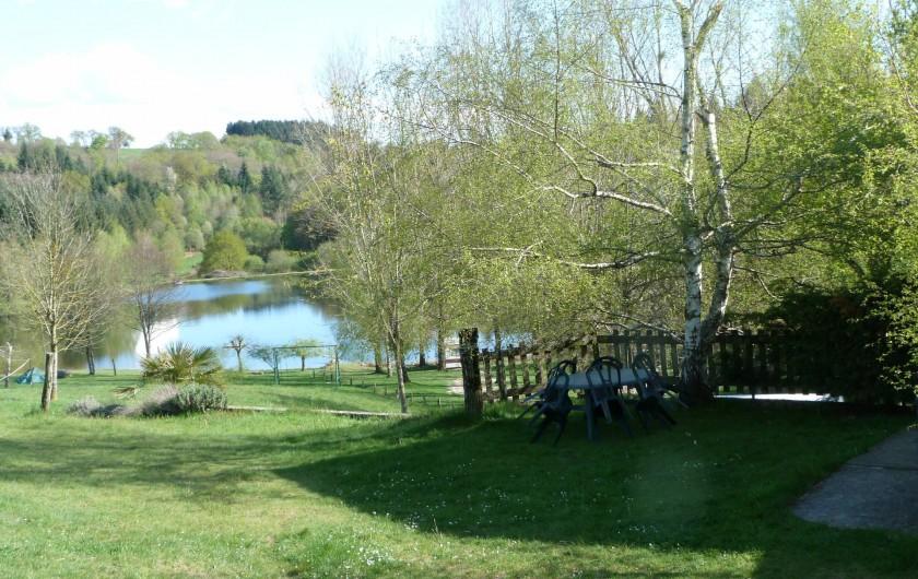 Location de vacances - Bungalow - Mobilhome à Villefranche-de-Rouergue - vue d'un des gites