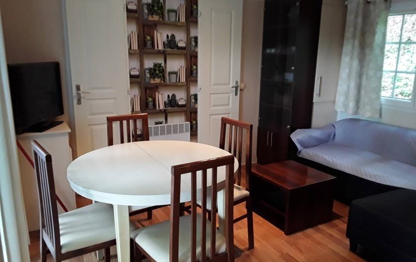 Location de vacances - Bungalow - Mobilhome à Saint-Cybranet - SEJOUR