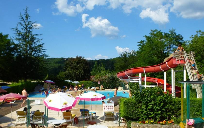 Location de vacances - Bungalow - Mobilhome à Saint-Cybranet - PISCINE  DU CAMPING