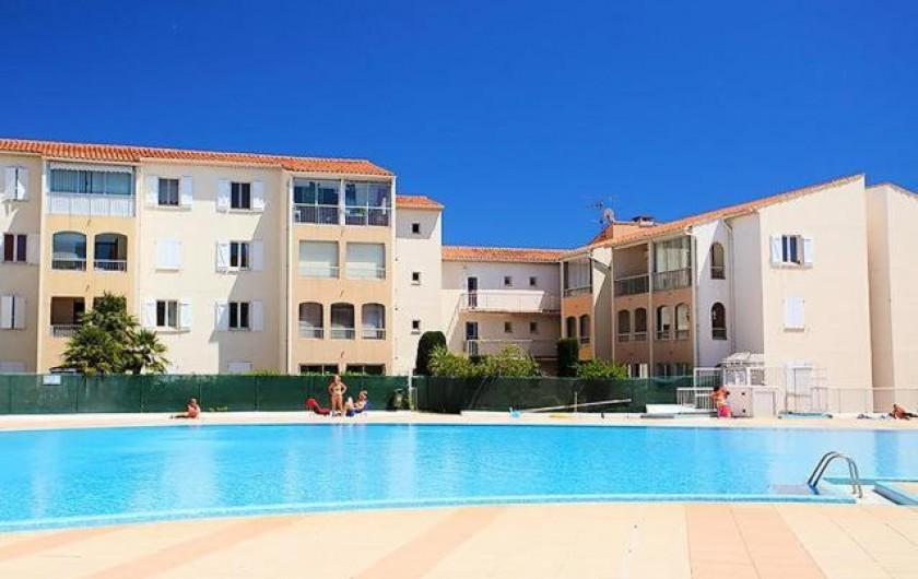 Location de vacances - Appartement à Fréjus - Piscine