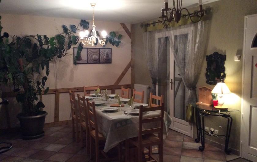 Location de vacances - Gîte à Cier-de-Luchon - salle a manger