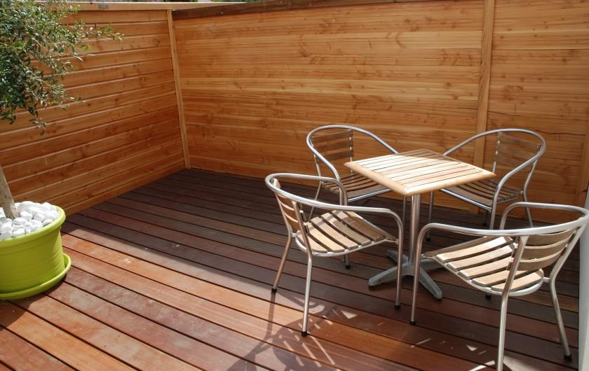Location de vacances - Villa à Rochefort - Appartement  3  Sa terrasse