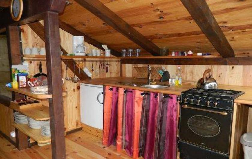 Location de vacances - Mas à Saint-Privat - La cuisine integrée