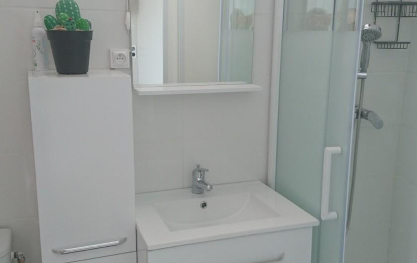 Location de vacances - Maison - Villa à Istres - la salle d'eau