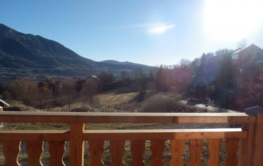 Location de vacances - Chalet à Saint-Jean-Saint-Nicolas - Autre vue du balcon...
