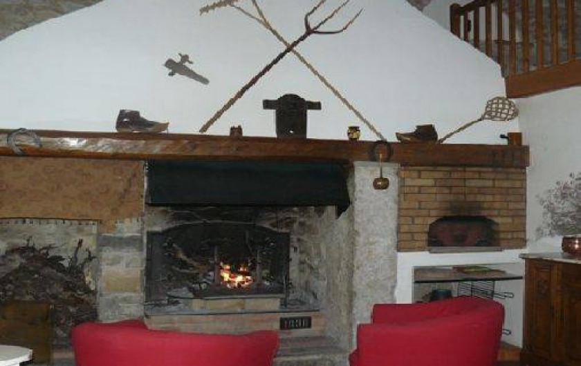 Location de vacances - Gîte à Saint-Jean-de-Serres - Cheminée et Four à Pizza