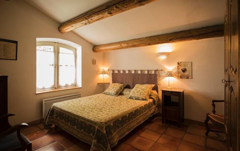 Location de vacances - Gîte à Saint-Jean-de-Serres - chambre 1