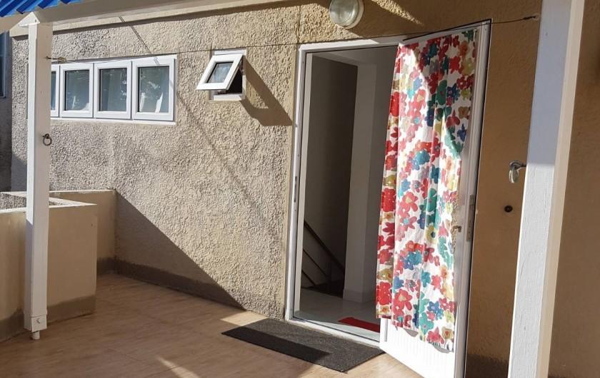 Location de vacances - Maison - Villa à Grand Baie - Terrasse arrière au 1er étage-Etendage pour le linge