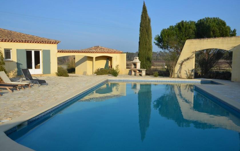 Location de vacances - Chambre d'hôtes à Vacquières - Villa des Cammaous, quel beau miroir !