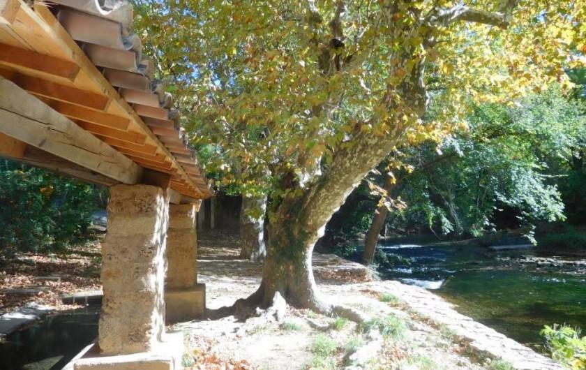 Location de vacances - Maison - Villa à Correns - Le lavoir