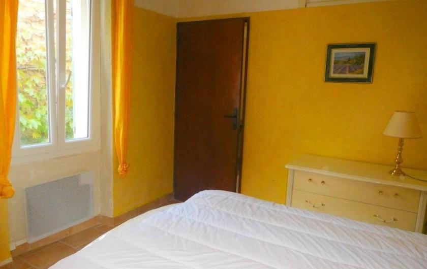 Location de vacances - Maison - Villa à Correns - La chambre du premier étage