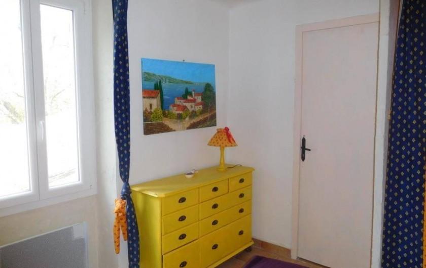 Location de vacances - Maison - Villa à Correns - La chambre du second étage