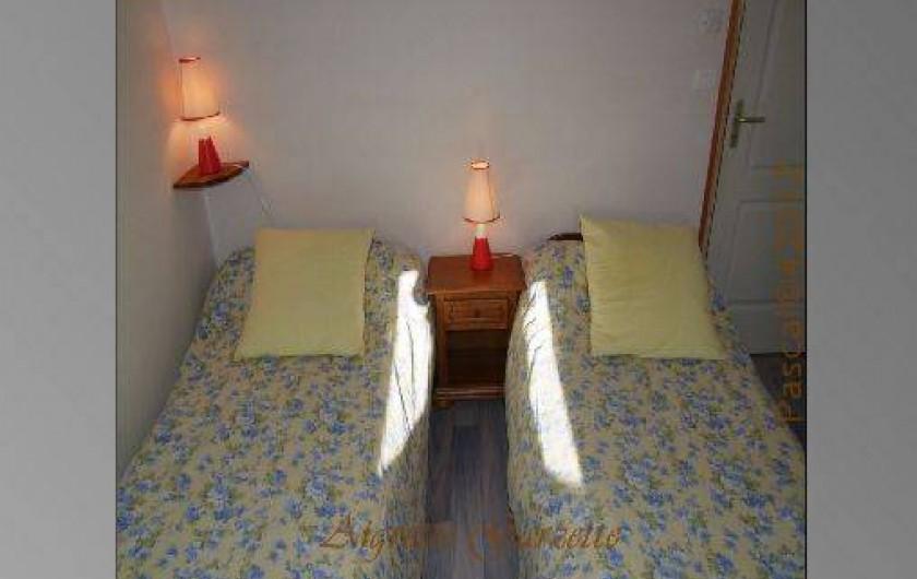 Location de vacances - Gîte à Pleudihen-sur-Rance - chambre 2 lits 0,80/200 ou lit 160/200