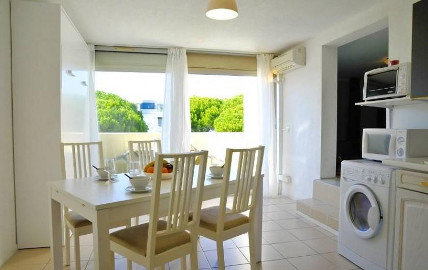 Location de vacances - Appartement à Le Grau-du-Roi - Le duplex au second étage jusqu'à 6 personnes, vue sur mer (climatisé)