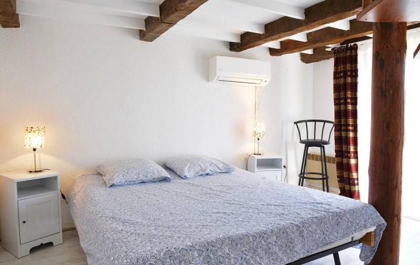 Location de vacances - Appartement à Le Grau-du-Roi - La chambre du duplex (climatisée)