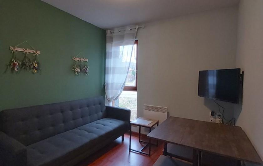 Location de vacances - Chalet à Mercus-Garrabet - le coin salon-séjour