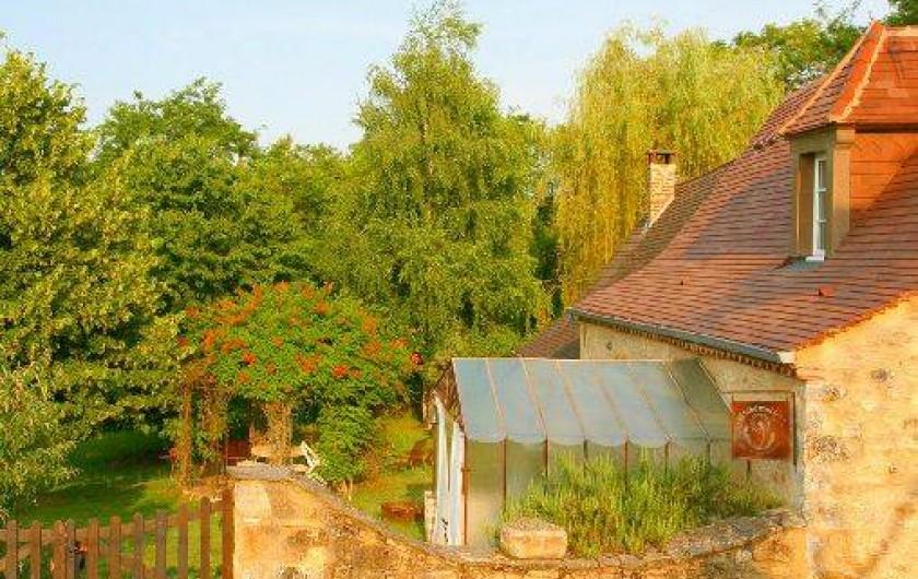 Location de vacances - Mas à Simeyrols - Propriété de 70000m2 dont pour ce logement un Jardin privatif de 1500m2