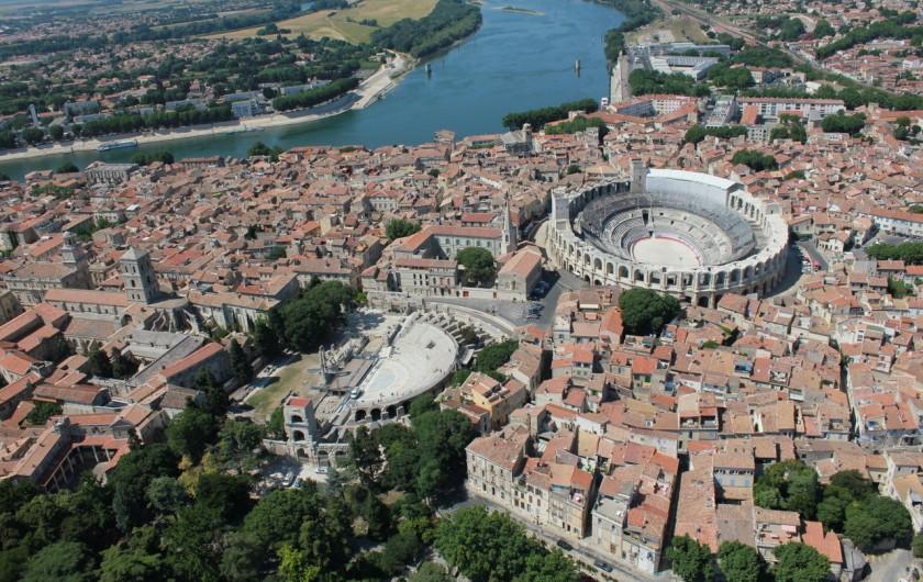 Location de vacances - Gîte à Arles - Arles ville antique mais aussi ville de culture