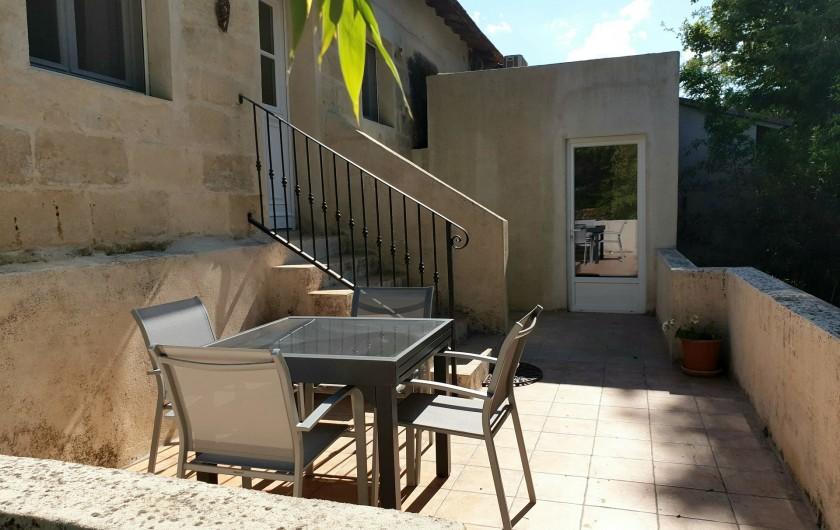 Location de vacances - Gîte à Arles - Terrasse