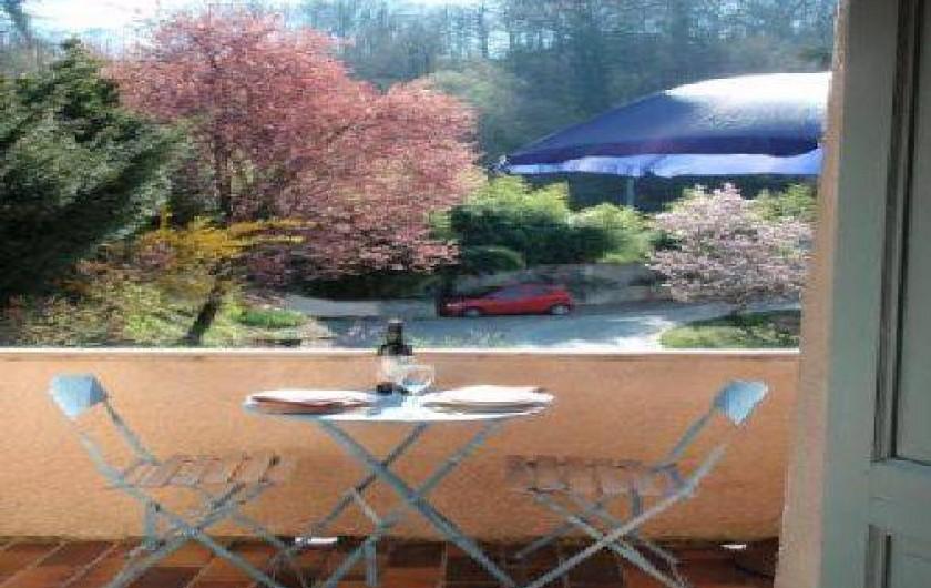 Location de vacances - Studio à Bagnères-de-Bigorre - Terrasse du studio