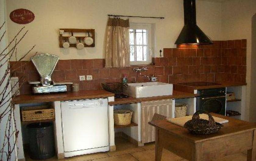 Location de vacances - Mas à Cabannes - Cuisine