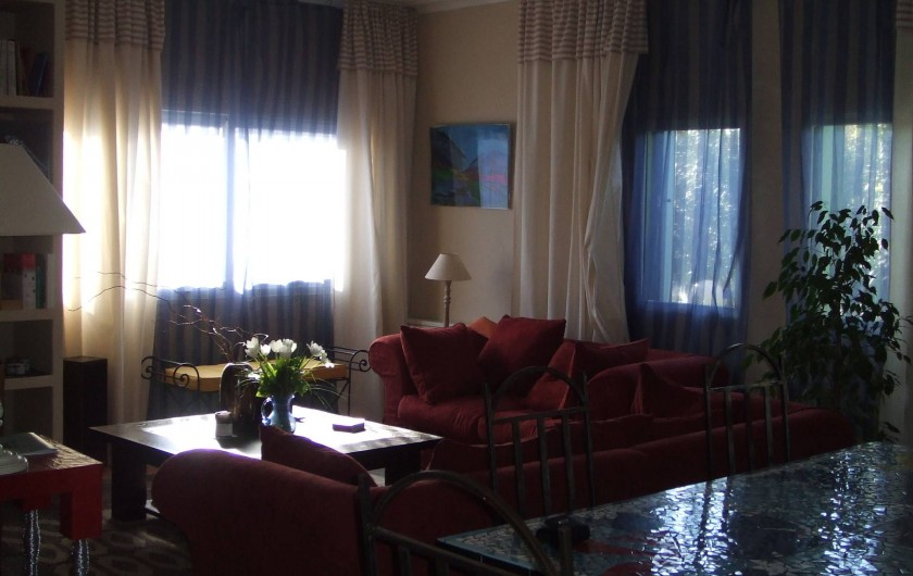 Location de vacances - Villa à Saint-Rémy-de-Provence - Vue depuis la salle à manger