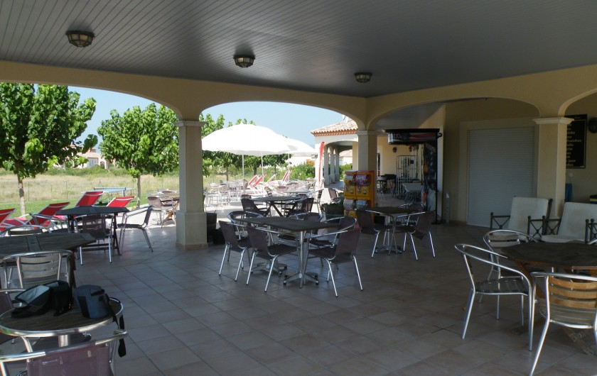Location de vacances - Villa à Homps - Terrasse du bar