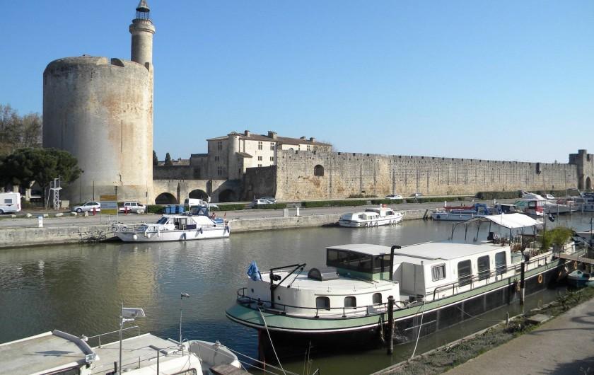 Location de vacances - Villa à Saint-Laurent-d'Aigouze - Cité Médiévale  Aigues Mortes à 8 kms