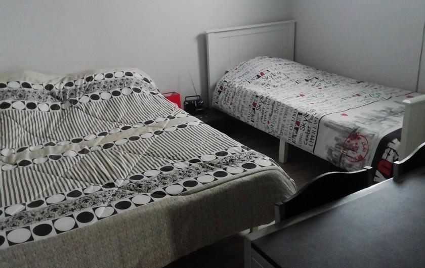 Location de vacances - Villa à Saint-Laurent-d'Aigouze - 4e chambre 1er étage 3 couchages