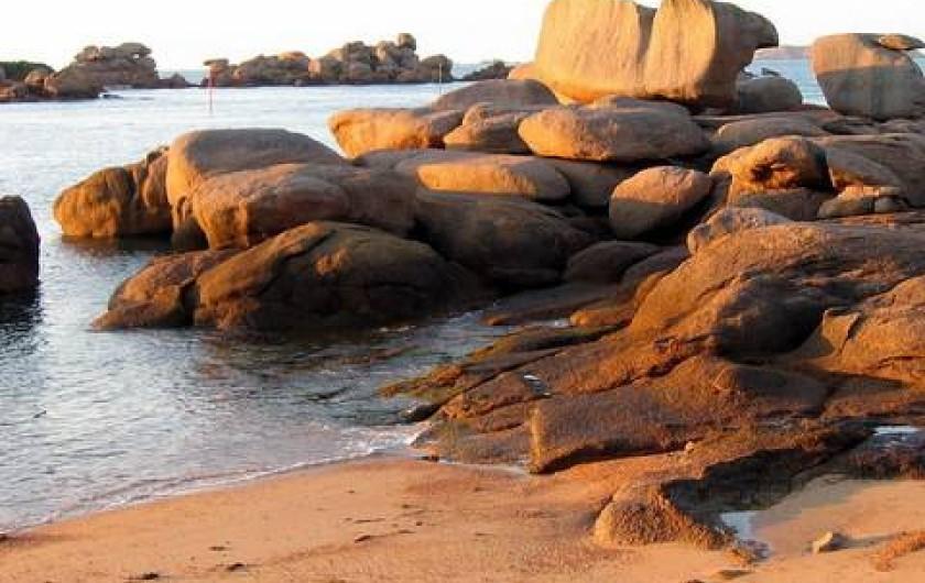 Location de vacances - Gîte à Perros-Guirec - plage à 2 pas -  location de vacances perros guirec ploumanach