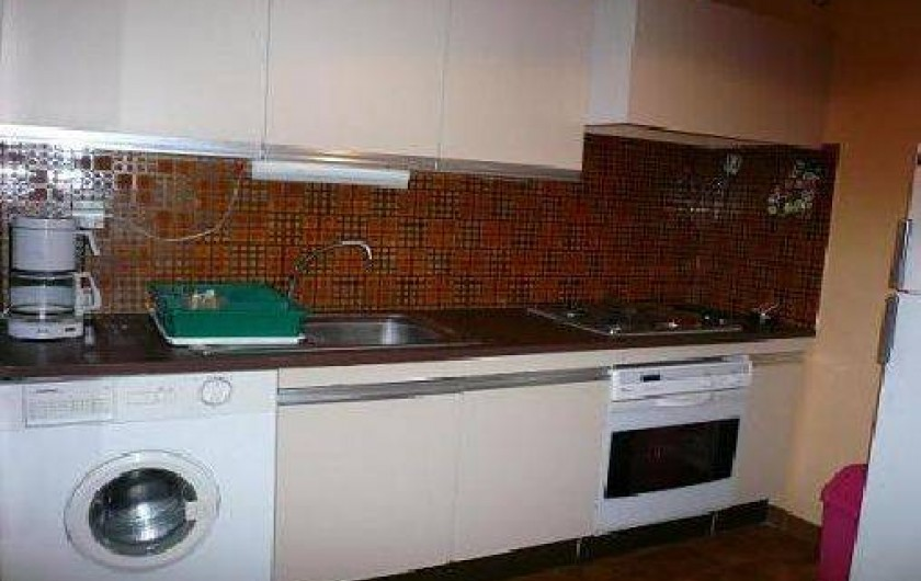 Location de vacances - Appartement à La Ciotat - Cuisine lave linge, four, plaque électrique, congel, refrigérateur,grille pain,