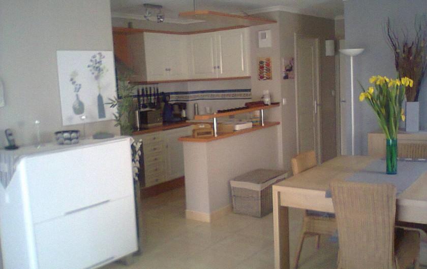 Location de vacances - Appartement à Valras-Plage - séjour cuisine